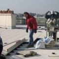 Une équipe de techniciens chevronnés en charge de l'installation