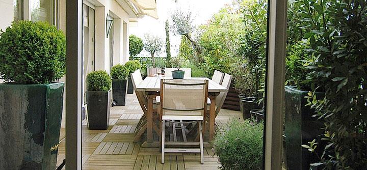 Un balcon salle à manger