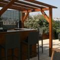 Le bar est en terrasse