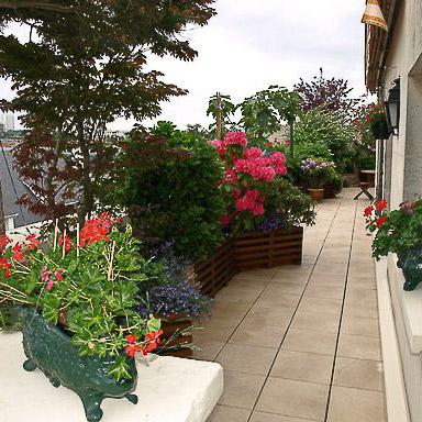 Un balcon au charme romantique